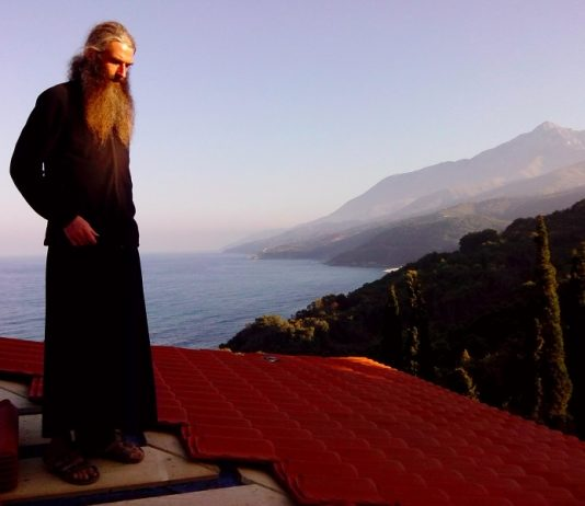 монах Серафим (Андрей Захаров)
